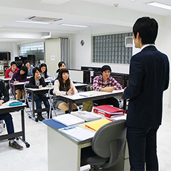 専門学校 東京声優・国際アカデミー